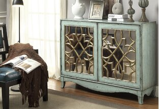 Chic Out: Chests, Decor & More