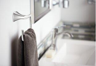 Renovate + Redecorate: Bathroom Accessories