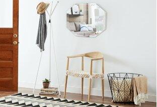 Minimalist Makeover: Entryway Storage