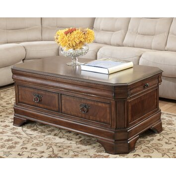 Signature Design By Ashley Hamlyn Trunk Coffee Table With