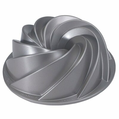 Heritage Bundt Pan by Nordic Ware