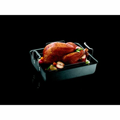 Calphalon Classic Calphalon Hard Anodized Nonstick Roaster and Rack