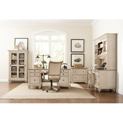 Riverside Furniture Coventry 6-Piece Standard Desk Office Suite