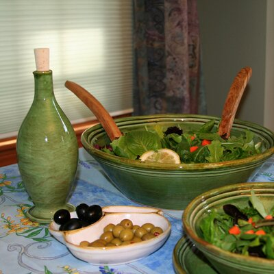 13.5-inch Stoneware Serving Bowl