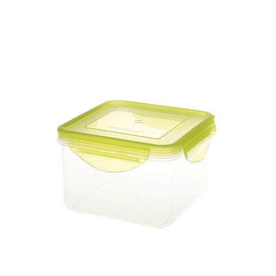 Kinetic Fresh Series 31 oz.Square Food Storage Container with Lid