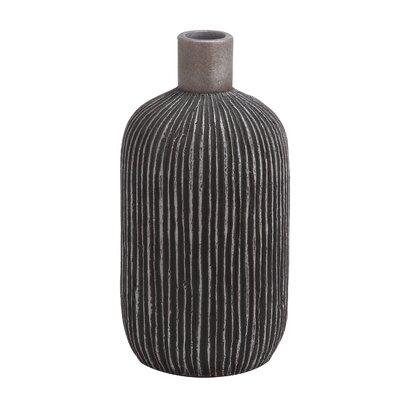 Ceramic Fino Vase by Woodland Imports
