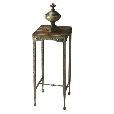 Butler Mountain Lodge Plant Stand