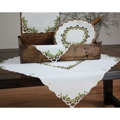 Winter Berry Christmas Placemat and Napkins Set by Xia Home Fashions