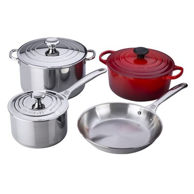 7-Piece Cookware Set by Le Creuset