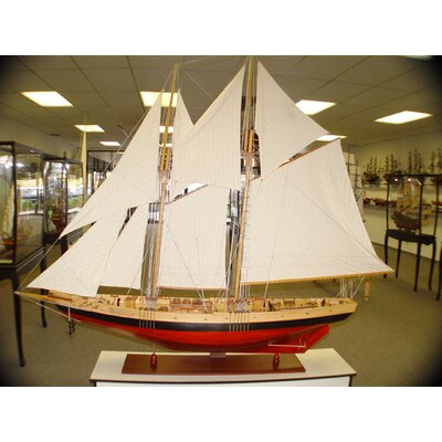Old Modern Handicrafts Bluenose Ii Xl Model Ship