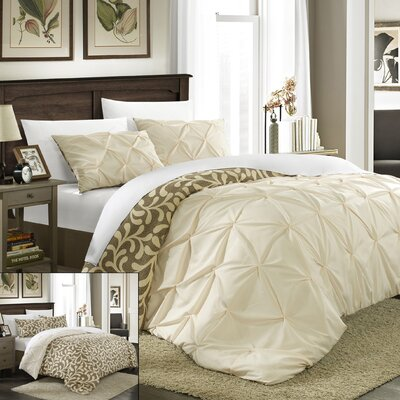 Talia 3 Piece Pleated Pintuck Duvet Set by Chic Home