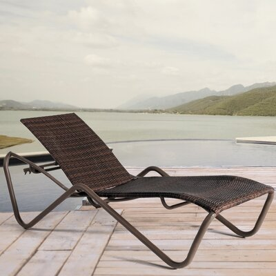 Los Angeles Steamer Chaise Lounge by Residenz
