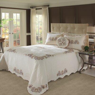 Stockard Bedspread by Nostalgia Home