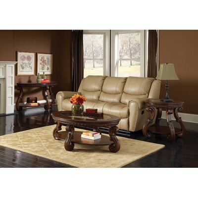 Woodhaven Hill 5556 Series Coffee Table