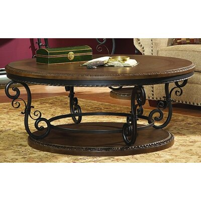 Woodhaven Hill 5552 Series Coffee Table Set