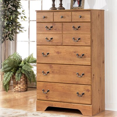 Atlee 5 Drawer Chest by Signature Design by Ashley