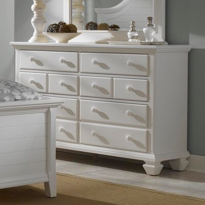 Mirren Harbor 6 Drawer Dresser by Broyhill®