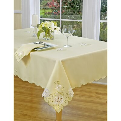 Hydrangea Vine Dining Linen Collection by Homewear Linens