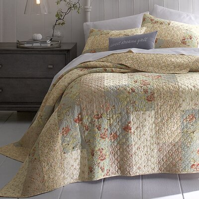 Monroe Quilt Collection by Jessica Simpson Home
