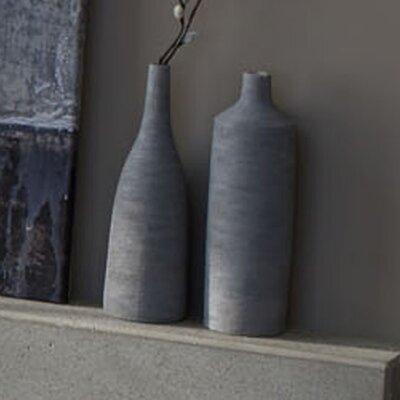 Sketch Short Neck Vase by Zestt