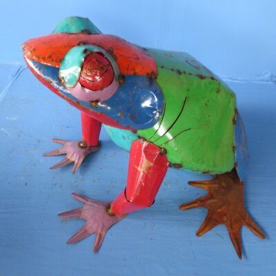 Xsmall Frog Statue by Rustic Arrow