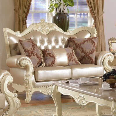 Madrid Leather Loveseat by Meridian Furniture USA