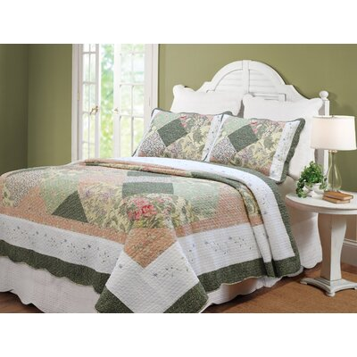 Williamsburg Forest Patchwork Quilt Set by Cozy Line Home Fashion
