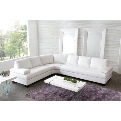 Vanity Sectional by Diamond Sofa