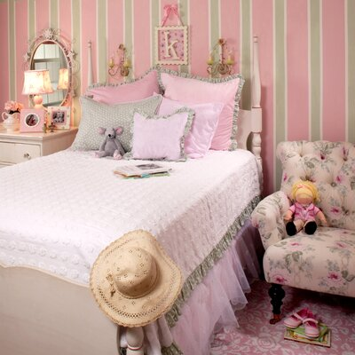 Oopsy Daisy Bedding Collection by New Arrivals