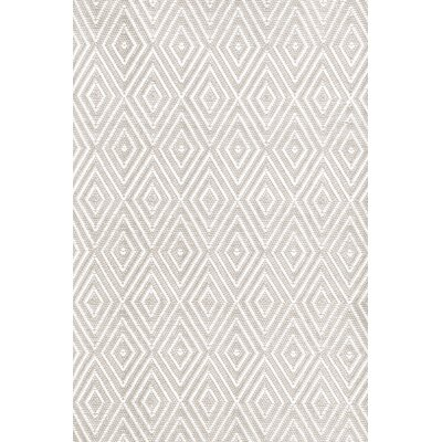 Dash and Albert Rugs Diamond Platinum & White Indoor/Outdoor Area Rug RDB203 XX