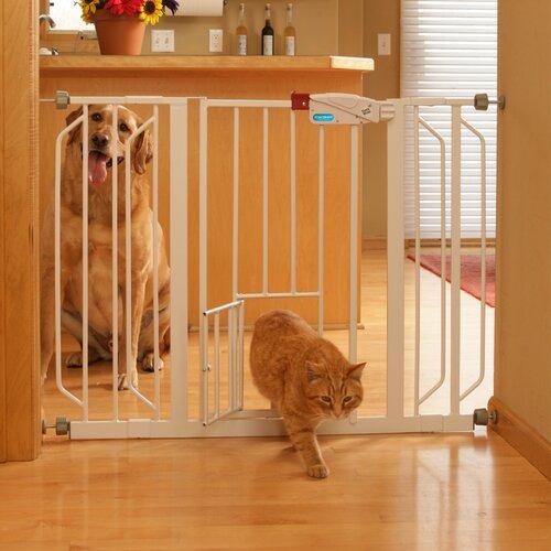 Carlson Pet Extra Wide Pet Gate with Pet Door