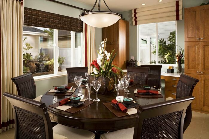 Traditional Dining Room photo by Studio V Interiors
