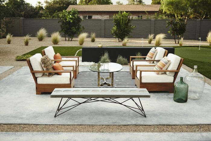 Modern Exterior/Patio photo by Boxhill Design