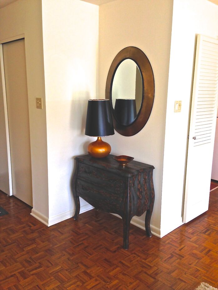 Eclectic Entryway and Hallway photo by Castellini Interior Design