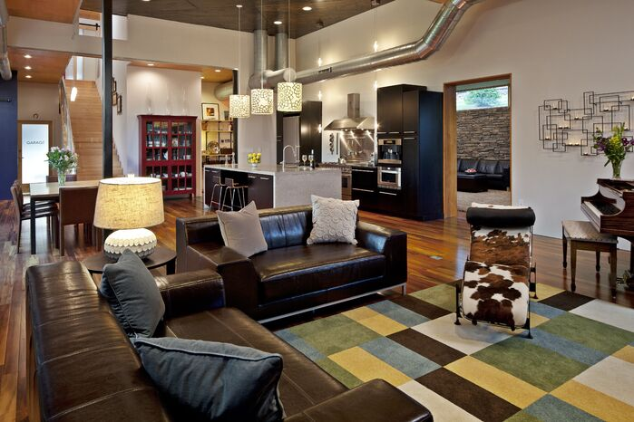 Modern Living Room photo by Luca Construction and Design