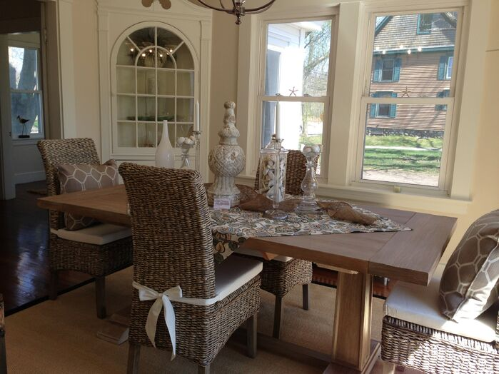 Coastal Dining Room photo by Staging Concepts & Designs,LLC