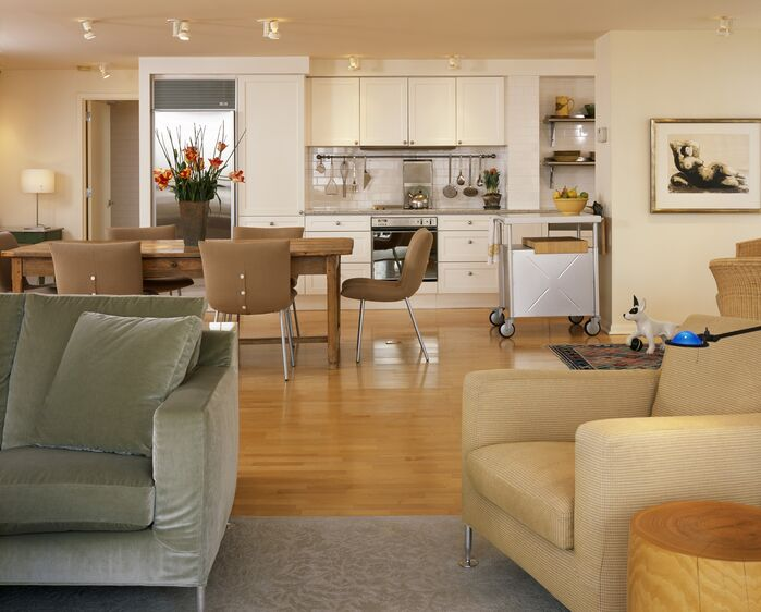 Contemporary Living Room photo by Floss Barber, Incorporated