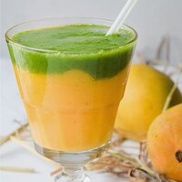 Tropical Mango Spinach Smoothie