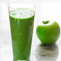 green apple smoothie vegan, paleo and gluten-free