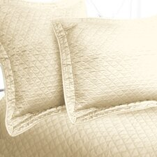 Luxury Cotton Sateen Diamond Coverlet Collection
