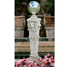 Lion Head Gazing Globe Pillar Garden Statue