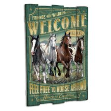 Mustang Wooden Cabin Sign Wall Décor