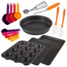 Metal and Gadget 17 Piece Bakeware Set