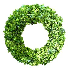 Boxwood Country Manor Wreath