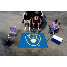 """MLB Milwaukee Brewers """"Ball in Glove"""" Tailgater Outdoor Area Rug"""