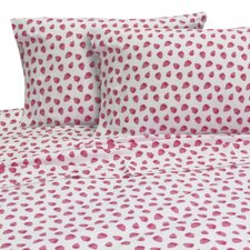 Melanie and Max 3 Piece Strawberries Sheet Set