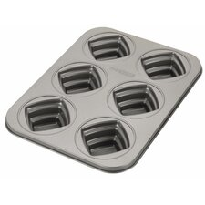 Novelty 6 Cup Square Cakelette Pan