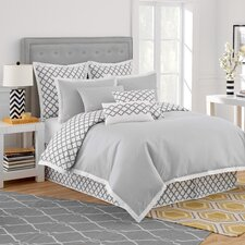 Quatrefoil Bedding Collection