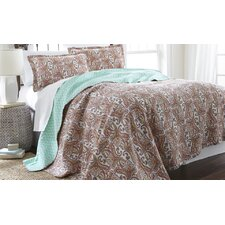 3 Piece Quilt Set in Multi Colored