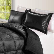 Ultra Light Nylon and Microfiber Down Alternative Indoor/Outdoor Comforter